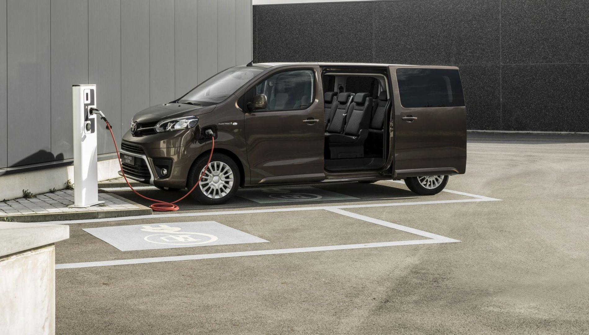 Na proljeće stiže i Toyota Proace Verso Electric s dosegom do 330 km