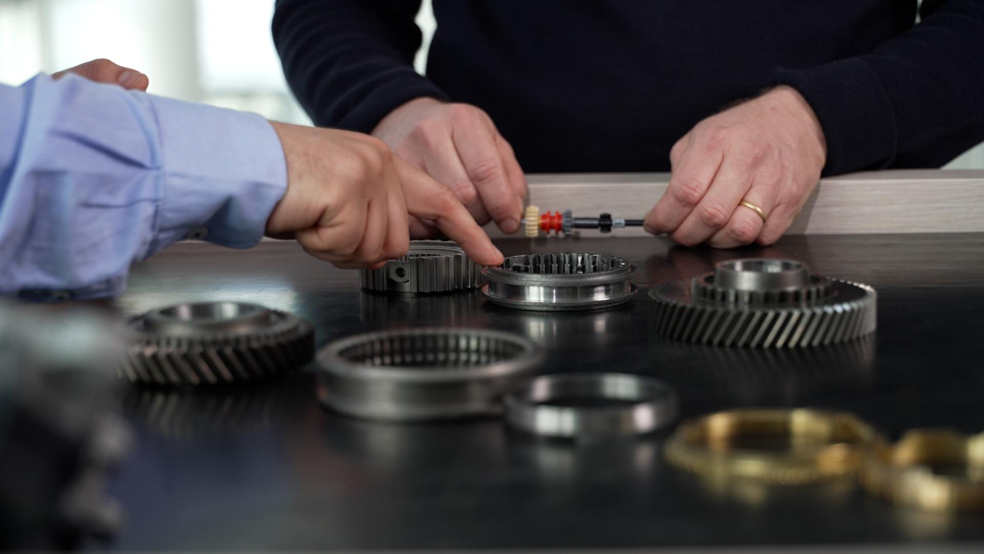 Renault E-Tech: Od Lego modela do hibridne inovacije – 2. nastavak