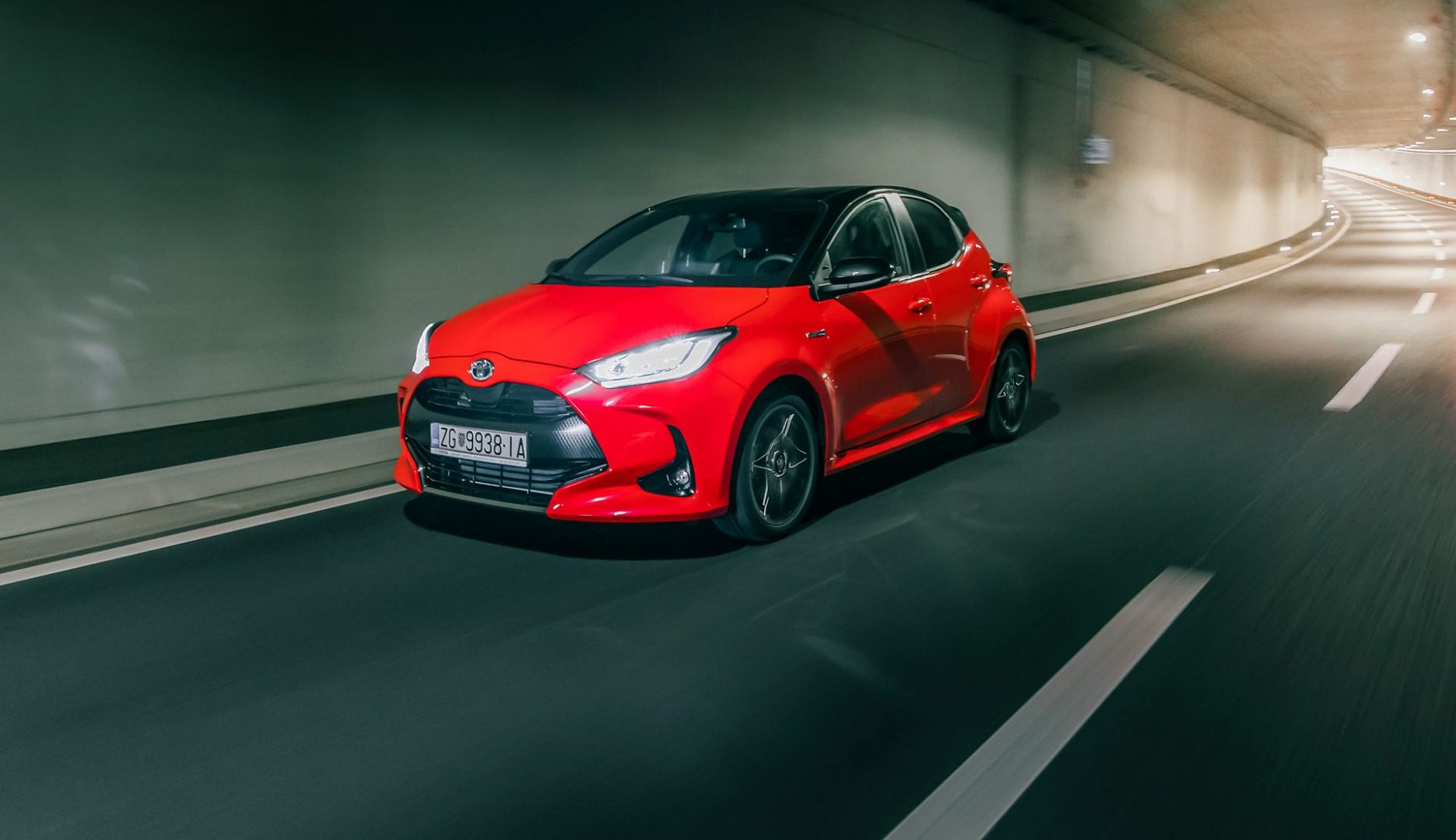 Stigla je nova Toyota Yaris s benzinskim i hibridnim pogonom, a cijene kreću od 106.800 kn