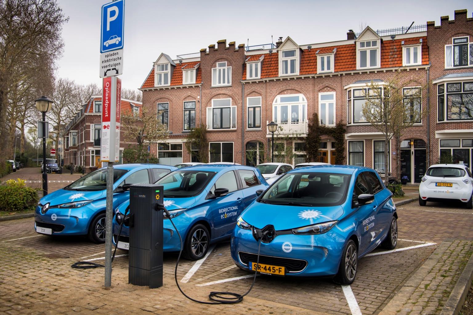 Dvosmjerno povezivanje električnih vozila na široku distribucijsku mrežu