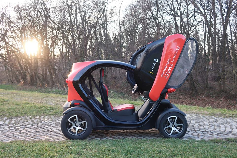 TEST Renault Twizy Intens Red 80