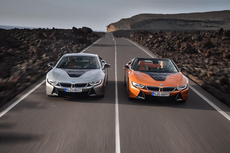 Novi BMW i8 u dvije verzije: Roadster i Coupe