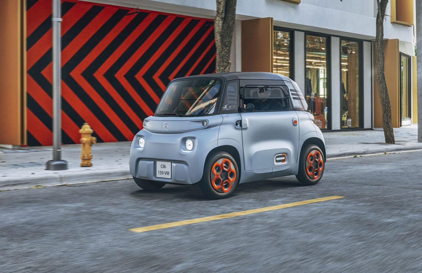 Električni Citroen Ami ima dva sjedala, a mogu ga voziti i mlađi od 18 godina