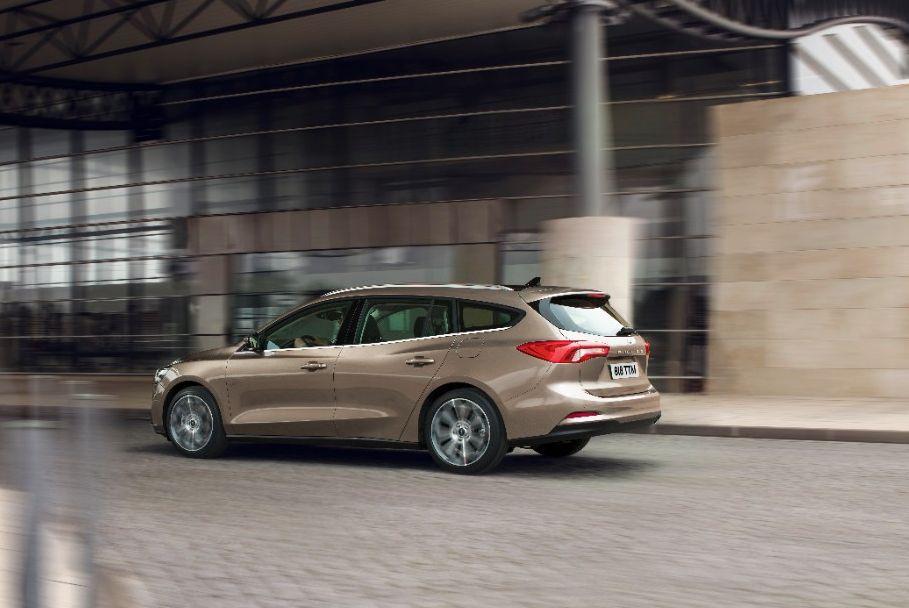 Ford Focus na testovima bočnog i frontalnog udara