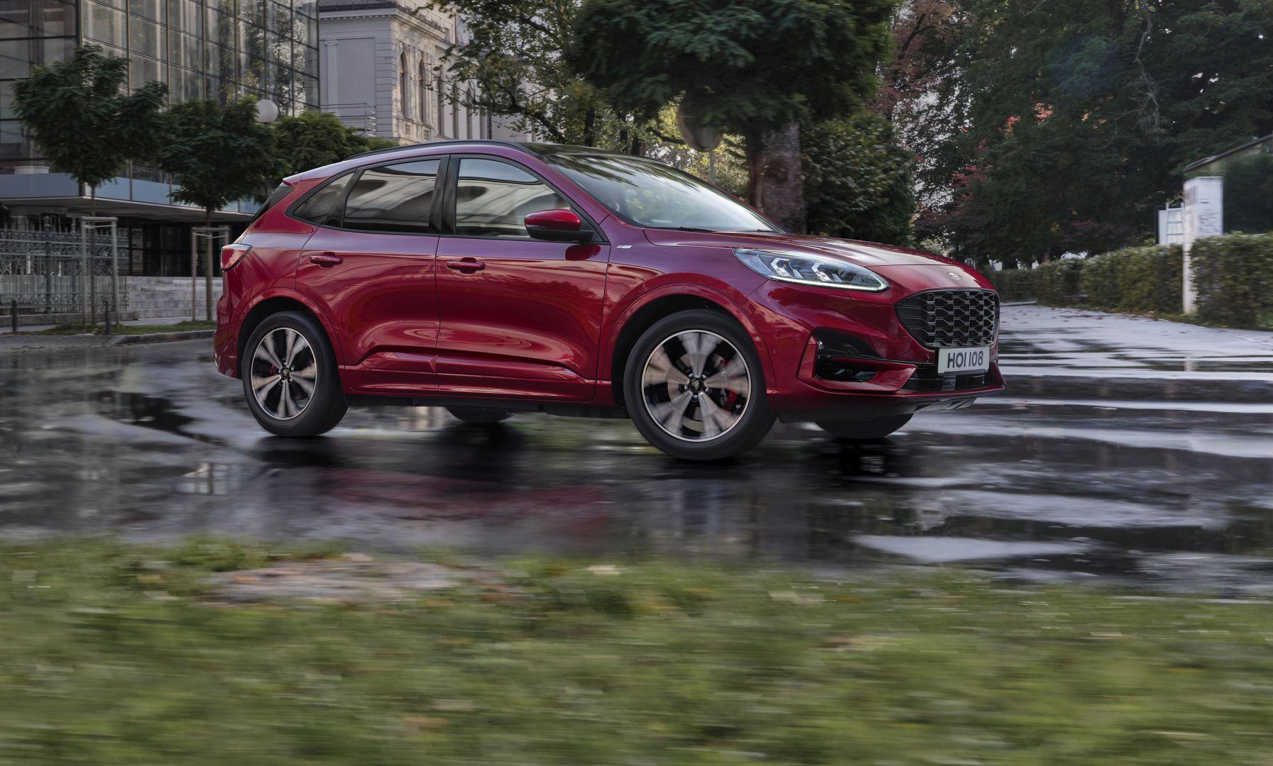 Stigla je nova Ford Kuga: cijene za MY2021 startaju od 209.990 kuna