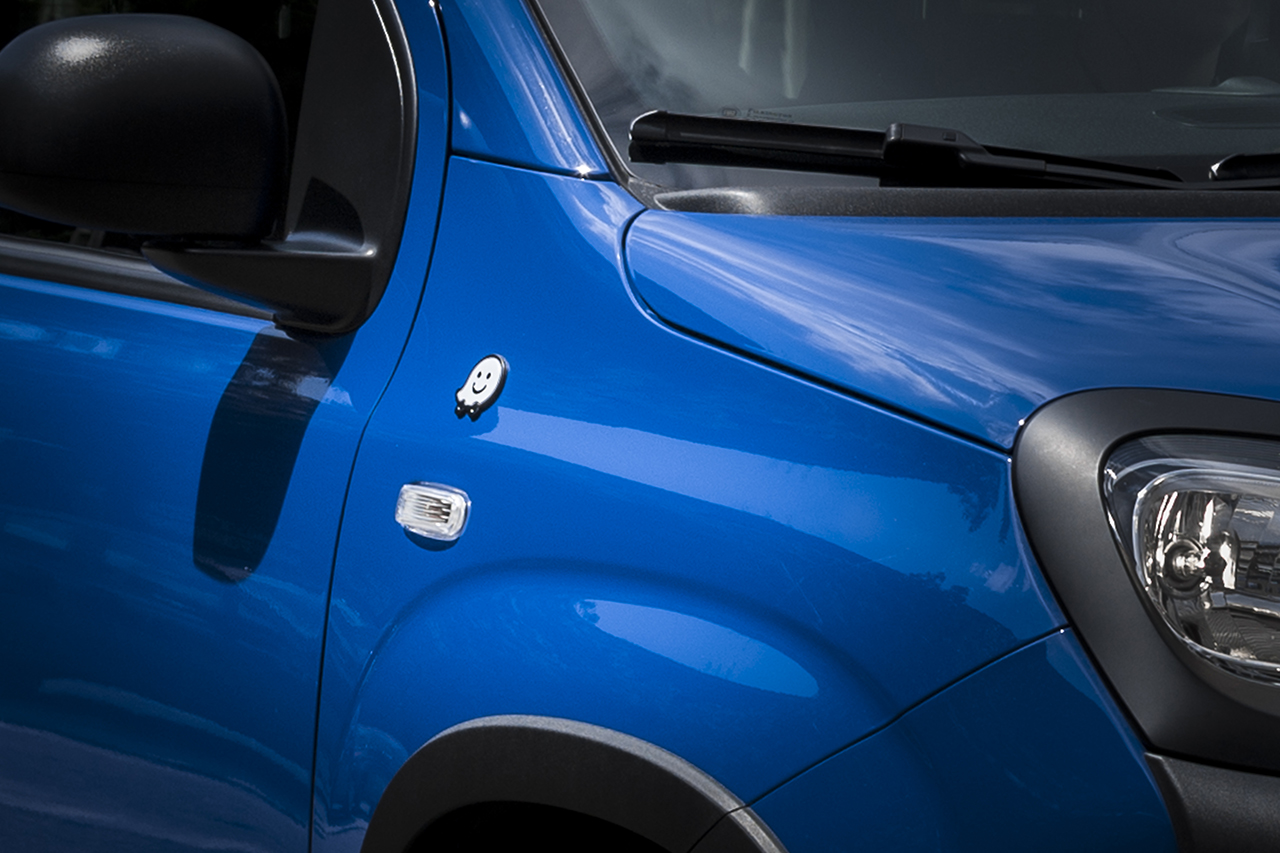 Fiat Panda s integriranom mobilnom aplikacijom Waze