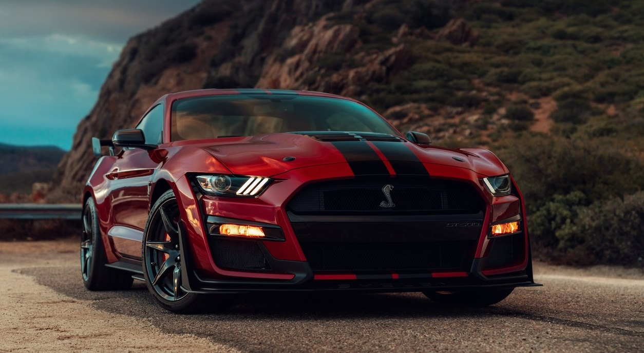 Ford Mustang Shelby GT500 sa 700 KS