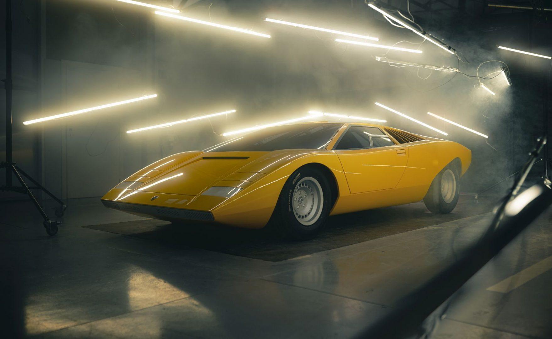 Reinkarnacija za originalni Lamborghini Countach LP 500