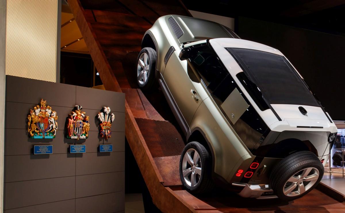 Svjetska premijera u Frankfurtu: novi Land Rover Defender