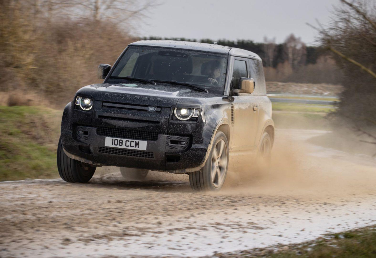 V8 motor s 518 KS i 625 Nm za najsnažniji Land Rover Defender