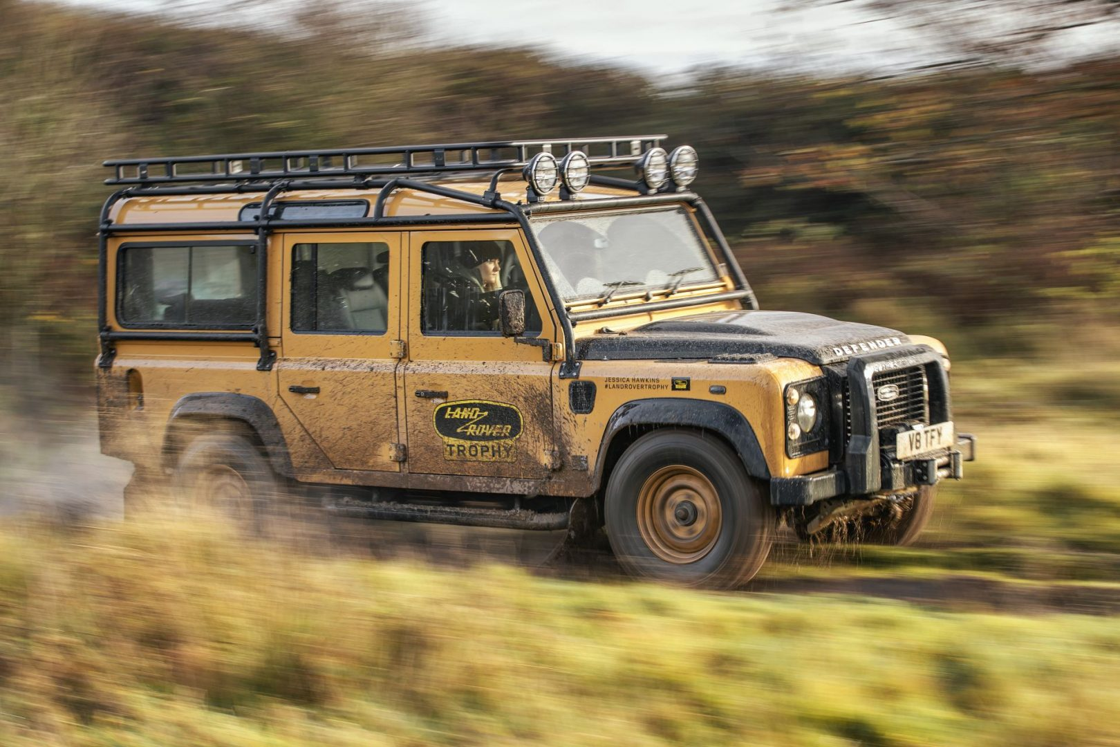 Land Rover najavljuje 25 primjeraka modela Defender Works V8 Trophy