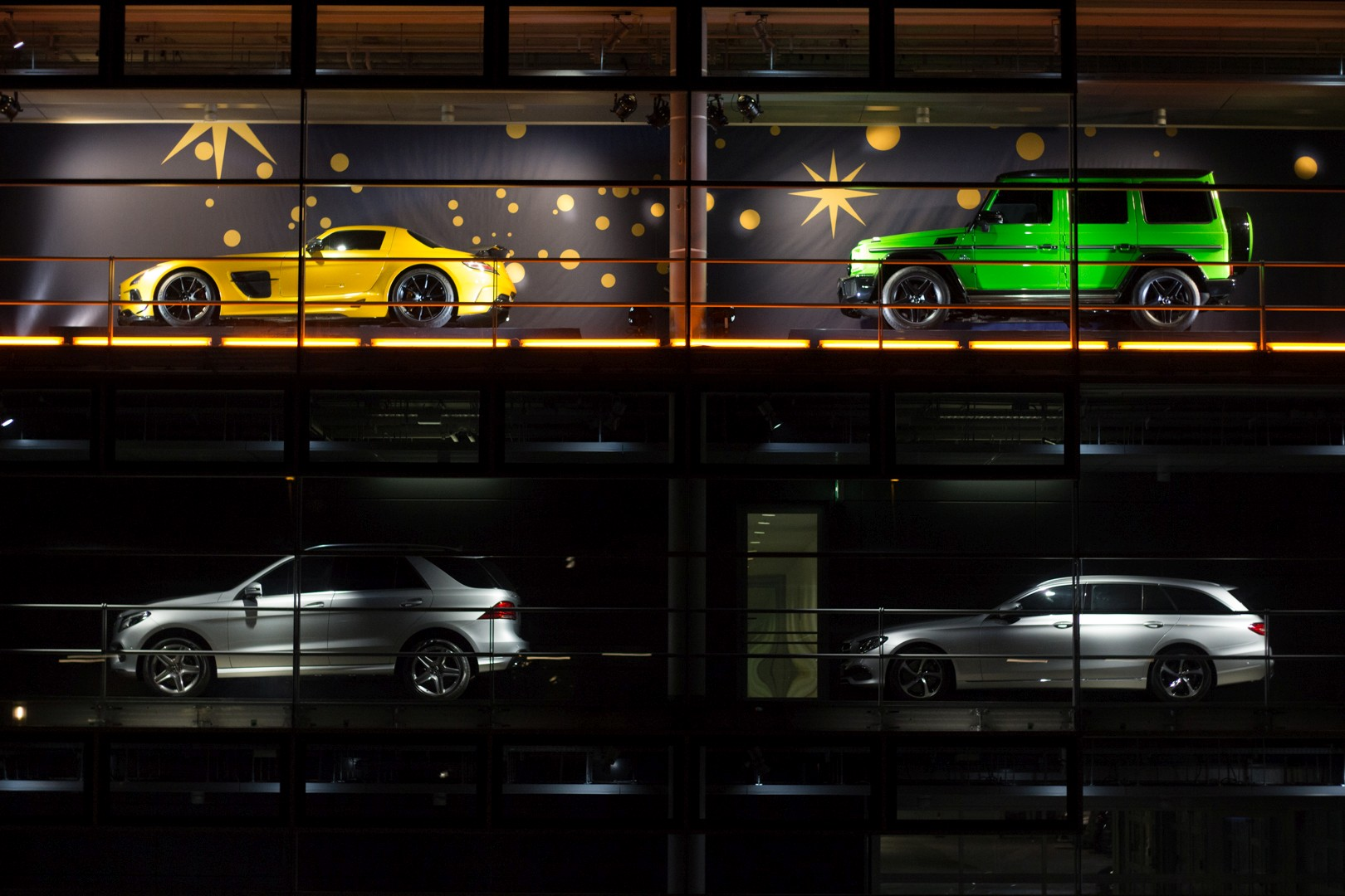Sretan vam Božić uz automobilski adventski kalendar