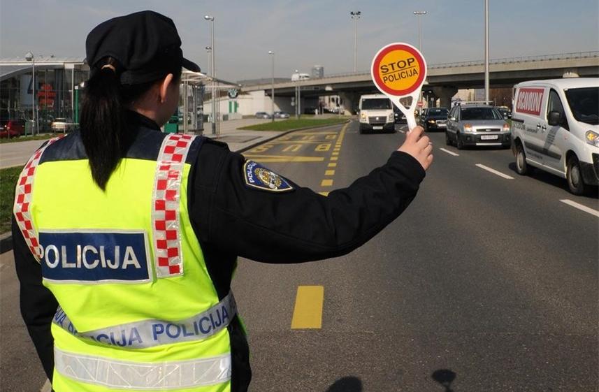 Policija će 12. ožujka nadgledati korištenje pokazivača smjera