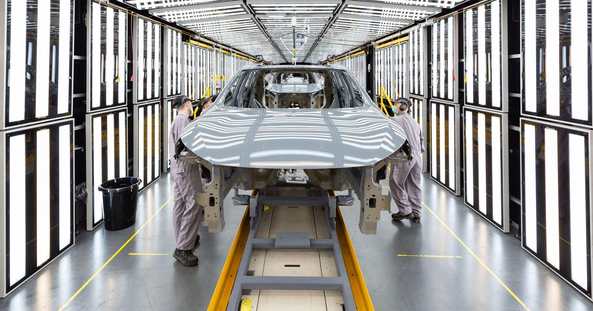 Počela proizvodnja novog Qashqaija, a pritom Nissan potiče školarce da probude inženjera u sebi