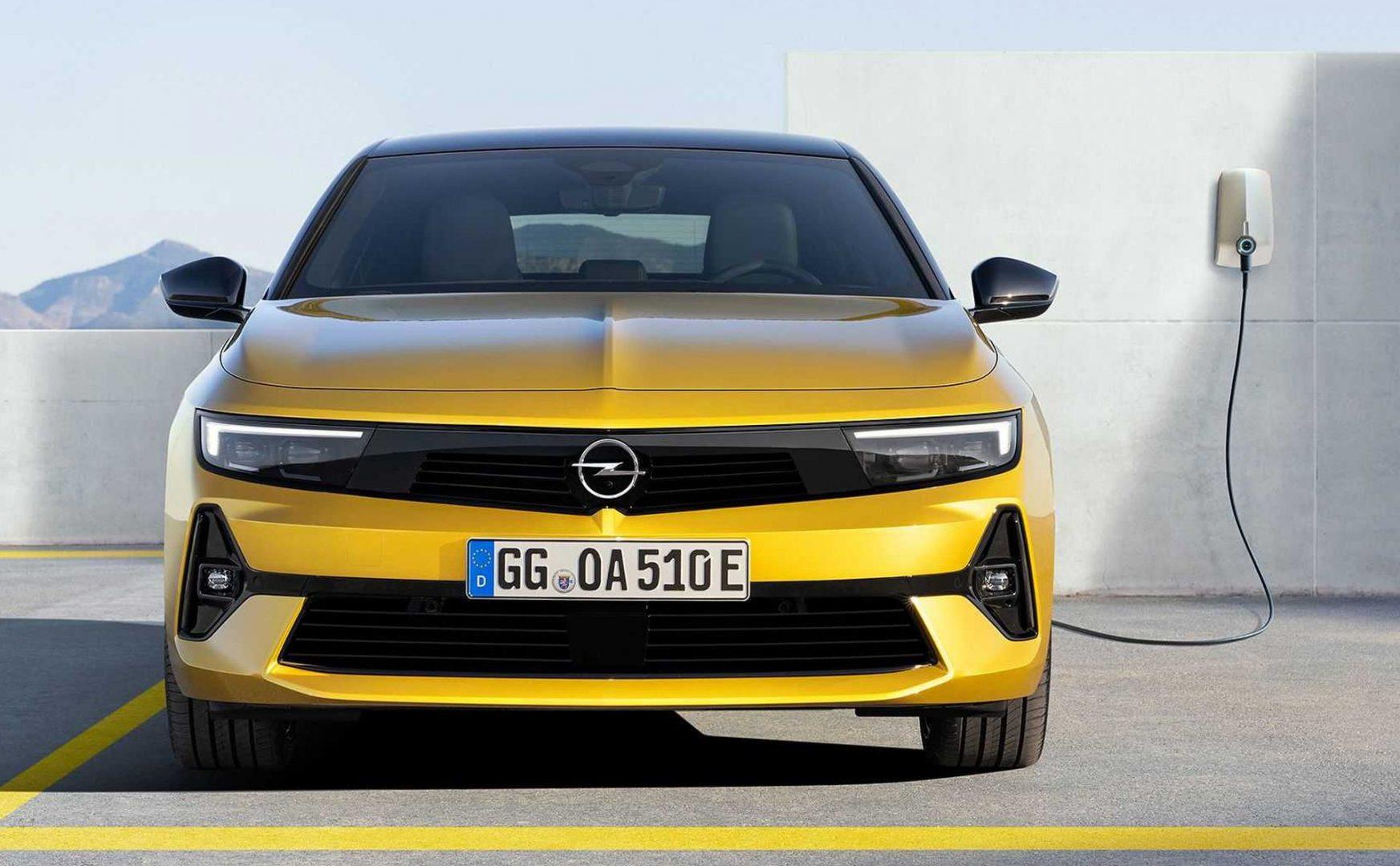 Ovo su prve fotografije i informacije o potpuno novoj Opel Astri