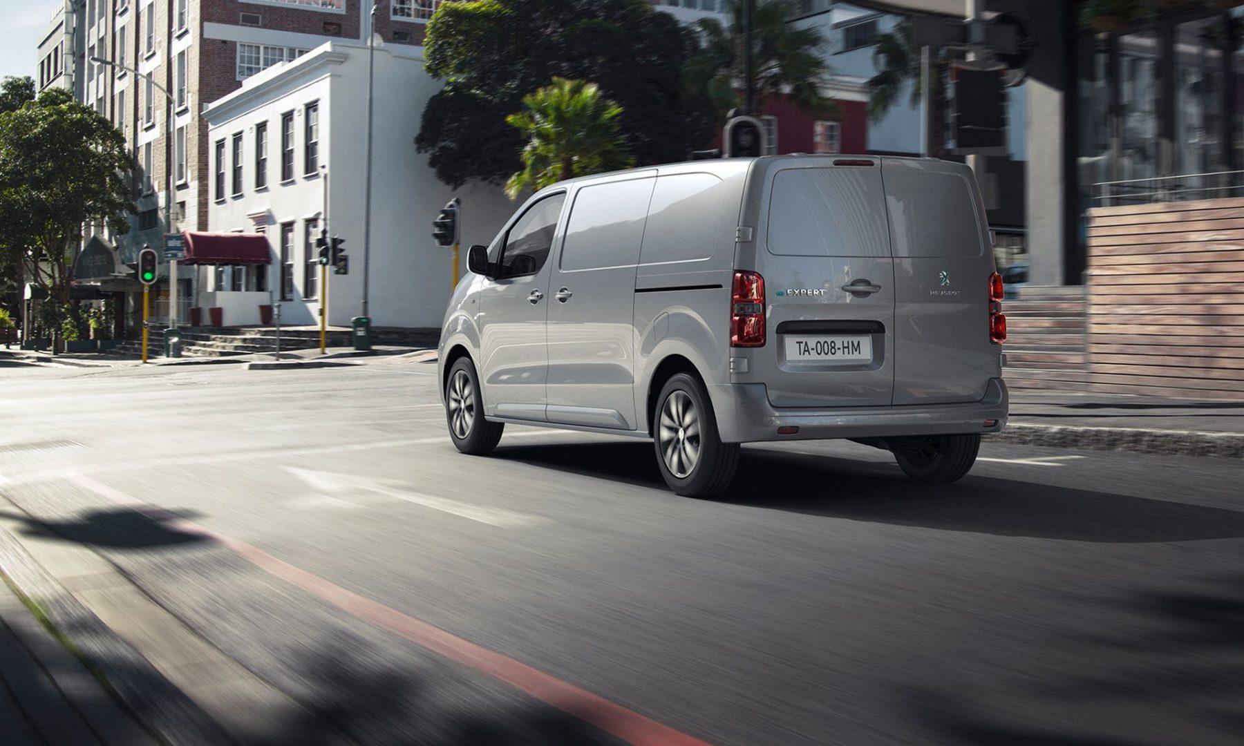 Električni Peugeot e-Expert je International Van of the Year 2021
