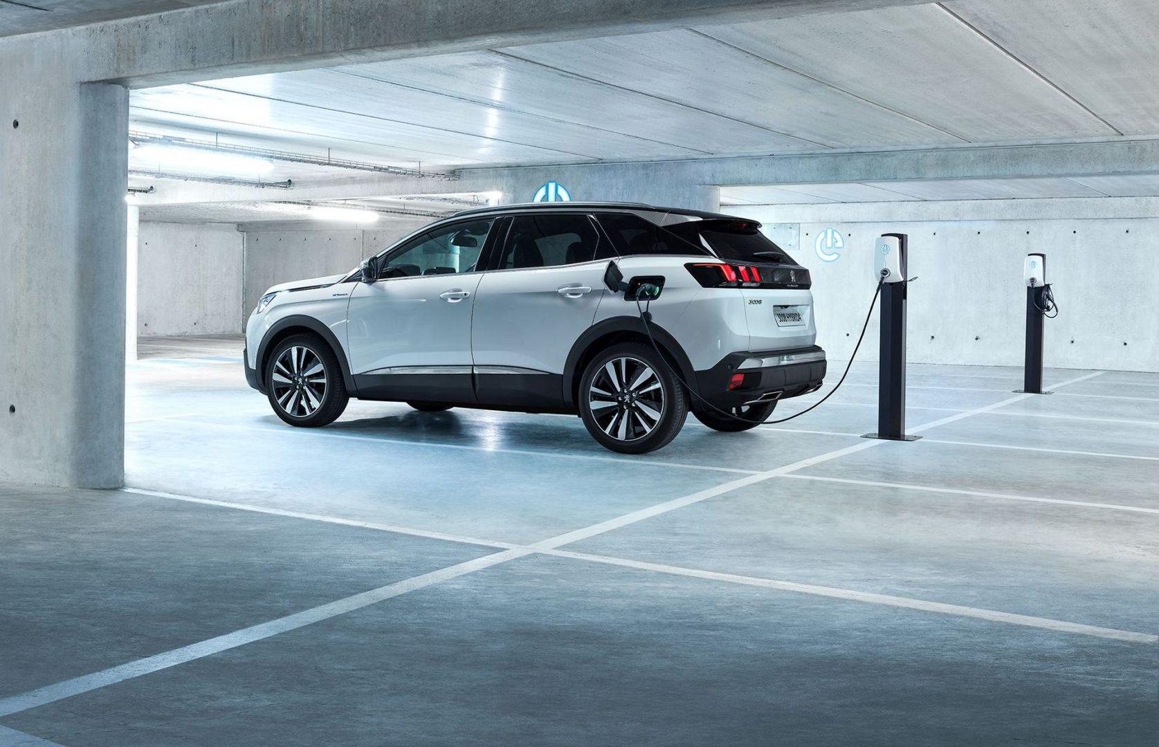 Peugeot 3008, 508 i 508 SW u hibridnoj izvedbi stigli u Hrvatsku, a cijene kreću od 315.000 kuna