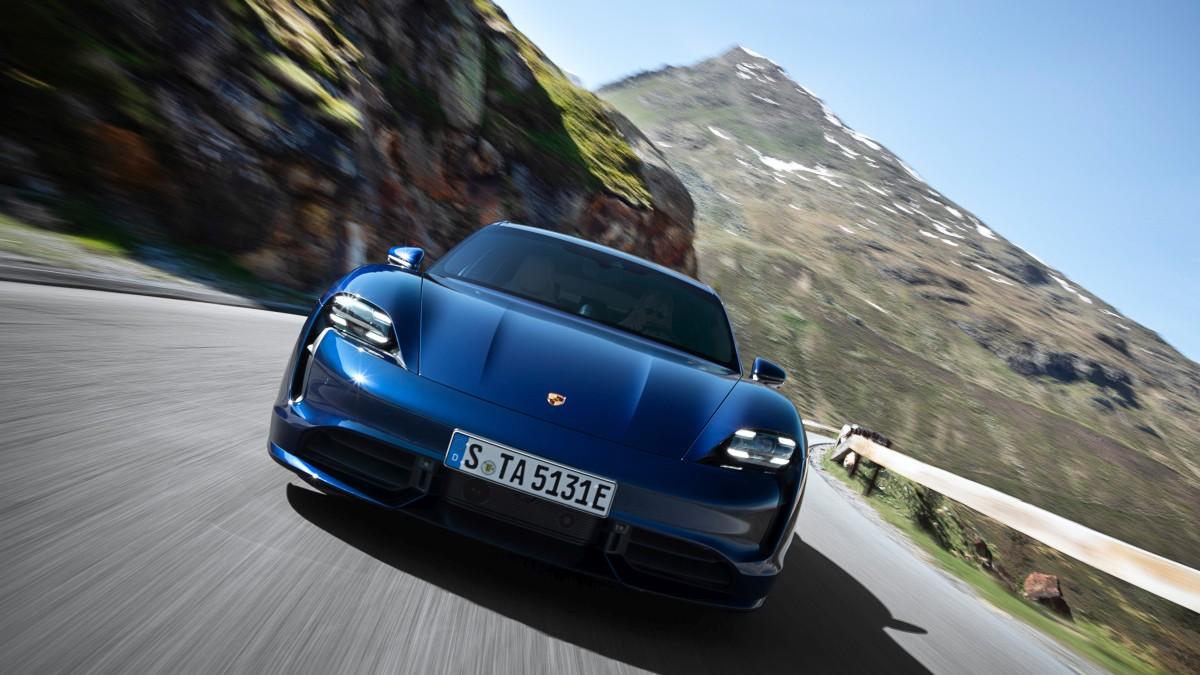 Svjetska premijera: Porsche Taycan u dvije izvedbe