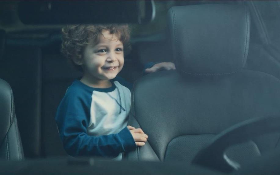 Zaboravili ste dijete na stražnjem sjedalu?! To se može spriječiti