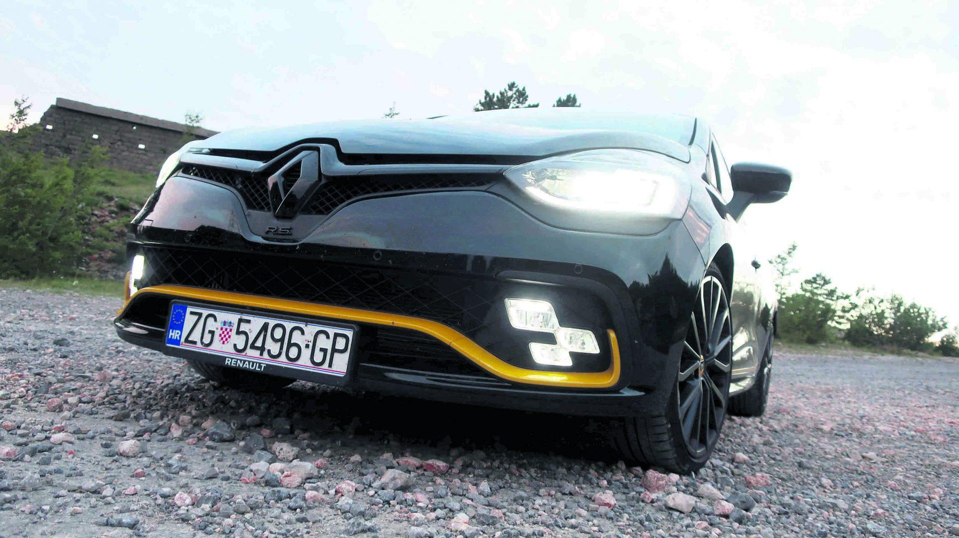 TEST Renault Clio R.S. 18 Energy 220 EDC