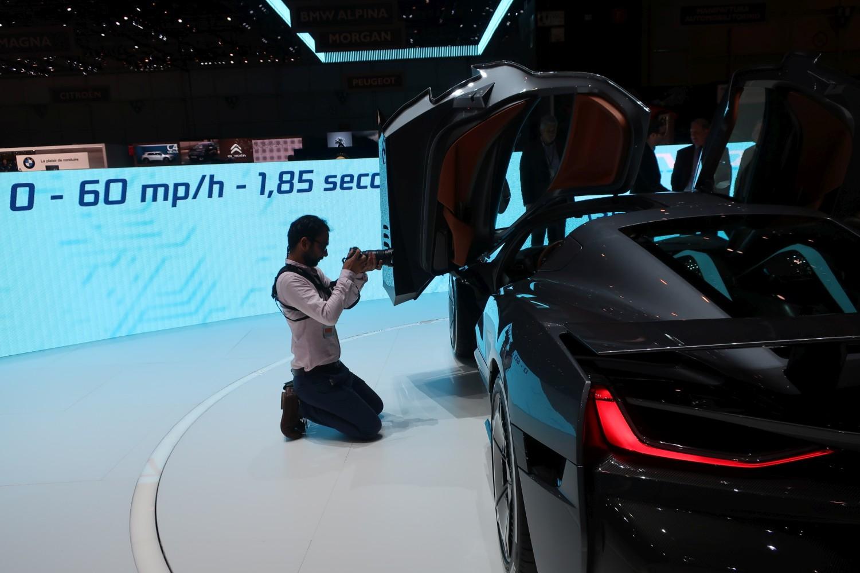 Ekstremno brzi i zanimljivi automobili predstavljeni u Ženevi
