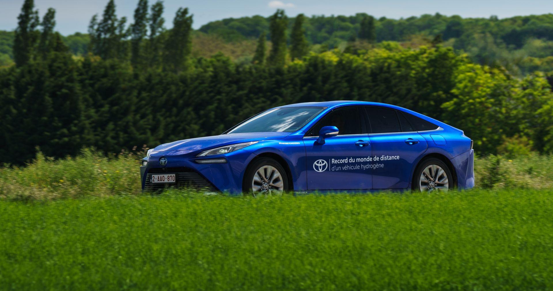 Toyota Mirai postavila svjetski rekord u udaljenosti prijeđenoj s jednim punjenjem spremnika vodika