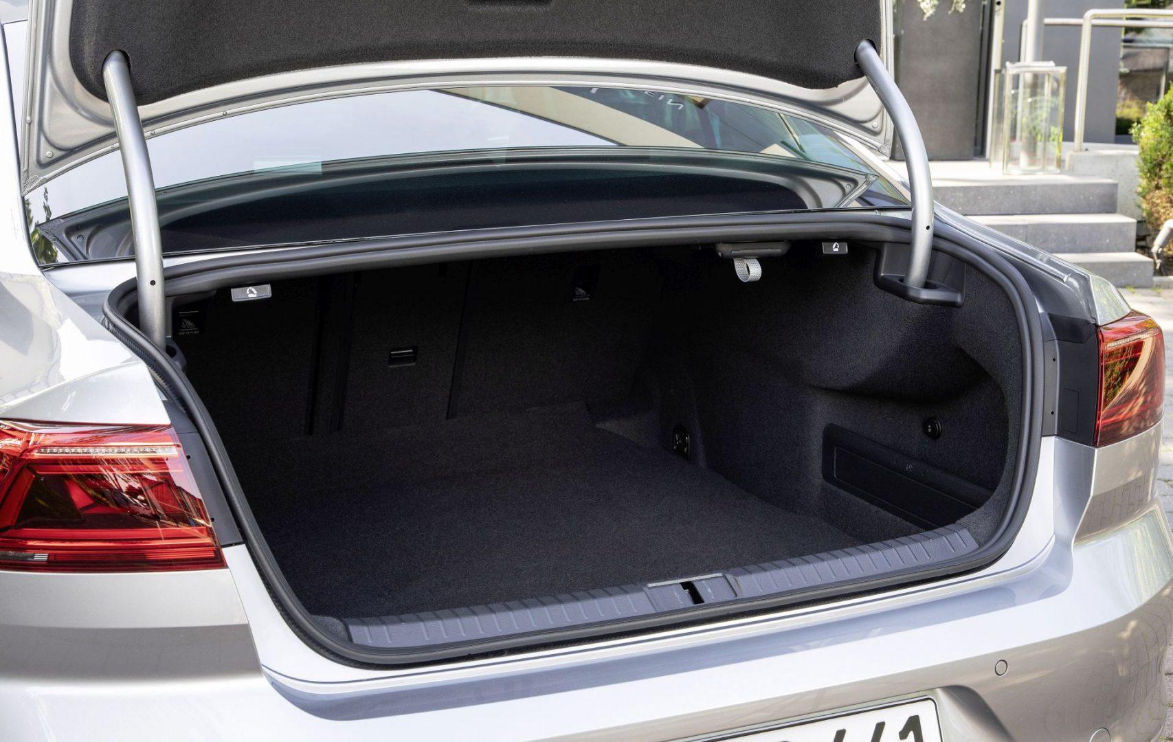 Volkswagen Passat prtljažnik