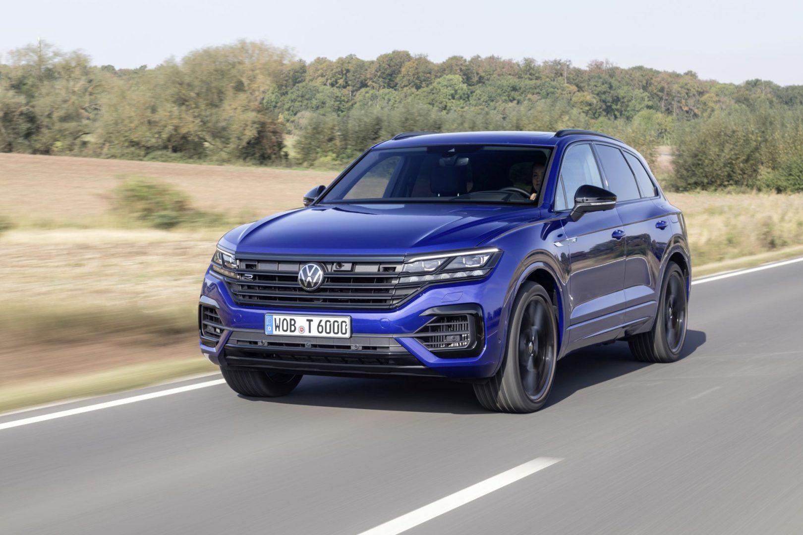 Volkswagen Touareg eHybrid i Touareg R stigli u domaće salone