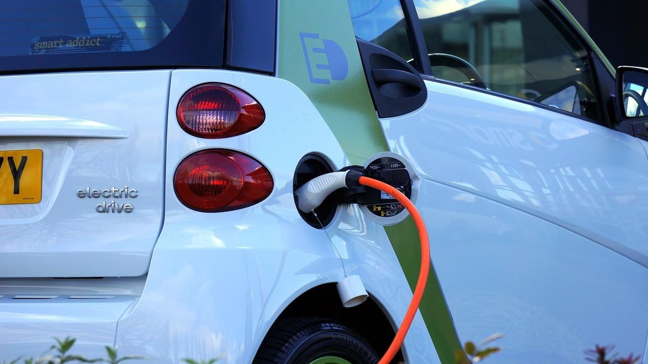 U prošloj godini je u EU zabilježen rast prodaje električnih automobila za 4,4 %