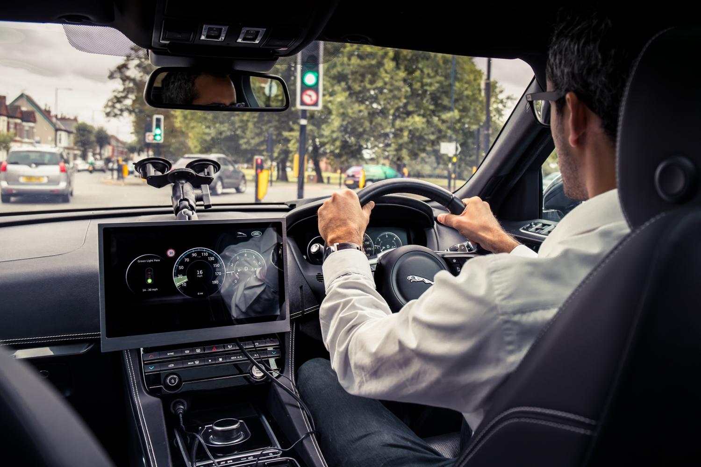 Automobili povezani sa semaforima
