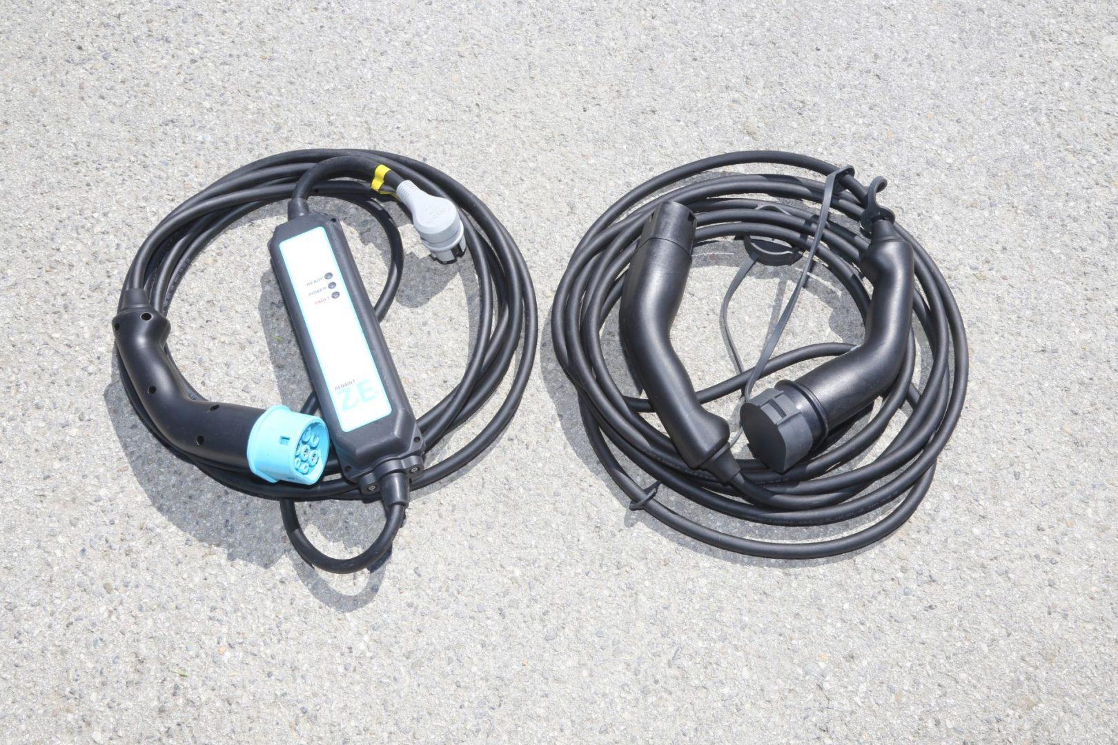 Kablovi za punjenje jednofaznom i trofaznom strujom